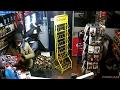 GPTV: Politie geeft beelden inbraak tankstation Oldeberkoop vrij
