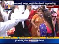 Party Workers Happy | On Priyanka Gandhi Political Entry