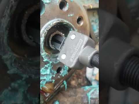 440hp input bushing removal