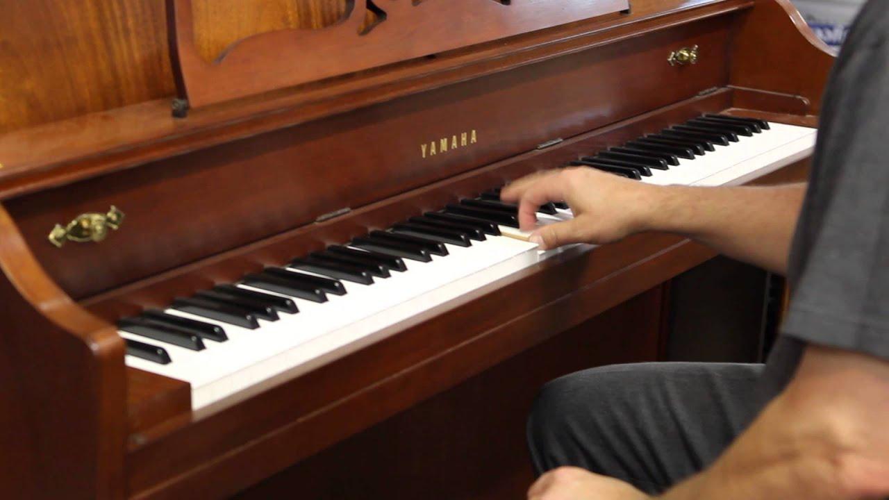 Auction yamaha upright piano model for Yamaha upright piano models