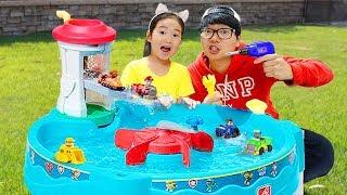 퍼피 구조대 물놀이터 장난감으로 재밌게 놀아요! 수리놀이도 하고 장난감 놀이도 해봐요!  Paw Patrol WATER TABLE
