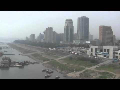 Yichang Riverfront  -  宜昌 China