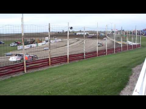 101 0753 Devils Lake Speedway 2015-10-03 Street Stock Heat 1