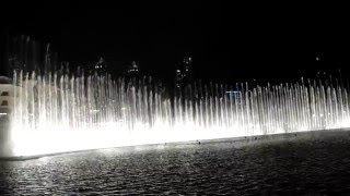 Dubai dancing fountain - Magic arabic music, magic night