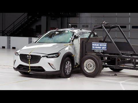 2016 Mazda CX-3 side test