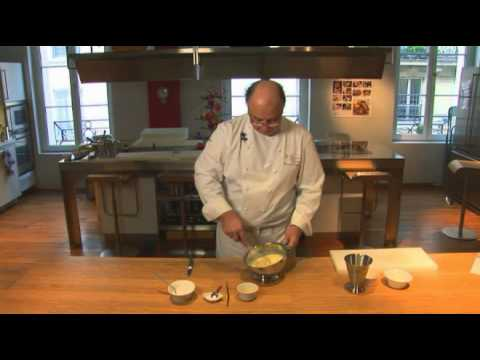 pâte-à-crêpes-par-pierre-dominique-cécillon-pour-larousse-cuisine