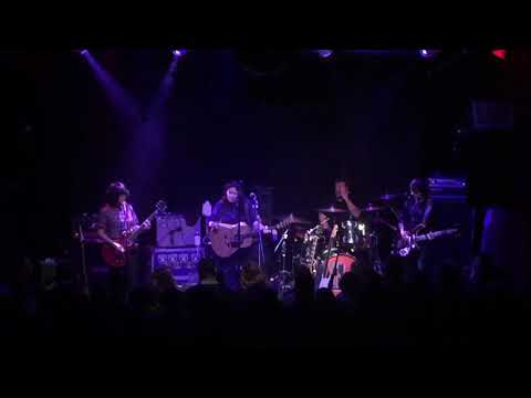 The Breeders Happiness Is A Warm Gun Beatles Cover 111117