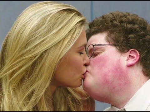 Chubby girl kiss boy