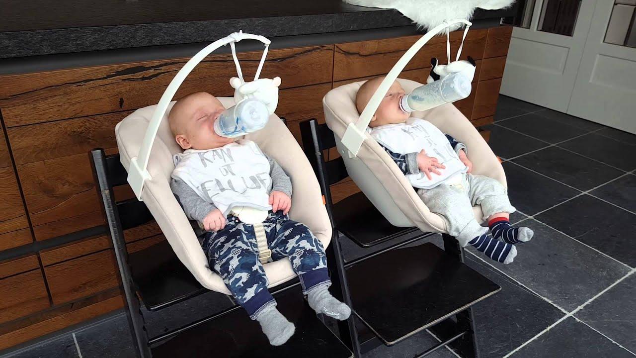 Trip Trap Stoel : Tweeling tegelijk voeden newborn trip trap stoel youtube