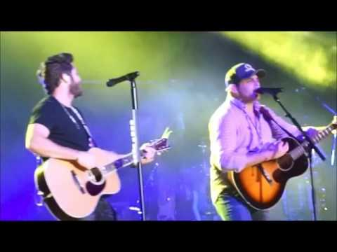 Thomas Rhett & Rhett Akins That Ain't My Truck & Boys Round Here