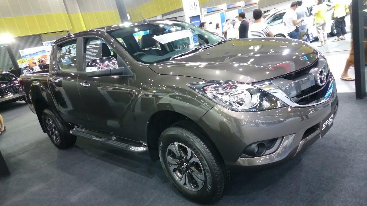 Mazda Bt 50 >> พาชม 2017 Mazda BT-50 PRO Double Cab 2.2 Hi-Racer 6AT (Leather) ภายนอก ภายใน - YouTube