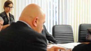 ПН TV: Начальник Службы автодорог Николаевщины рассказал о спорах с чиновниками ОГА(Начальник Службы автомобильных дорог в Николаевской области Александр Антощук рассказал, что ему приходит..., 2016-03-05T15:42:02.000Z)