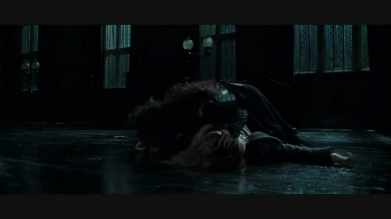 Bellatrix torturan a Hermione - Escena la Mansión Malfoy - HP 7.1