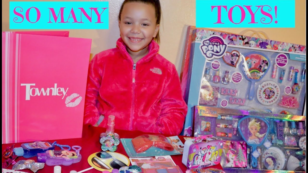 HUGE Toy Makeup Beauty Haul Playset For Girls!   TOWNLEY