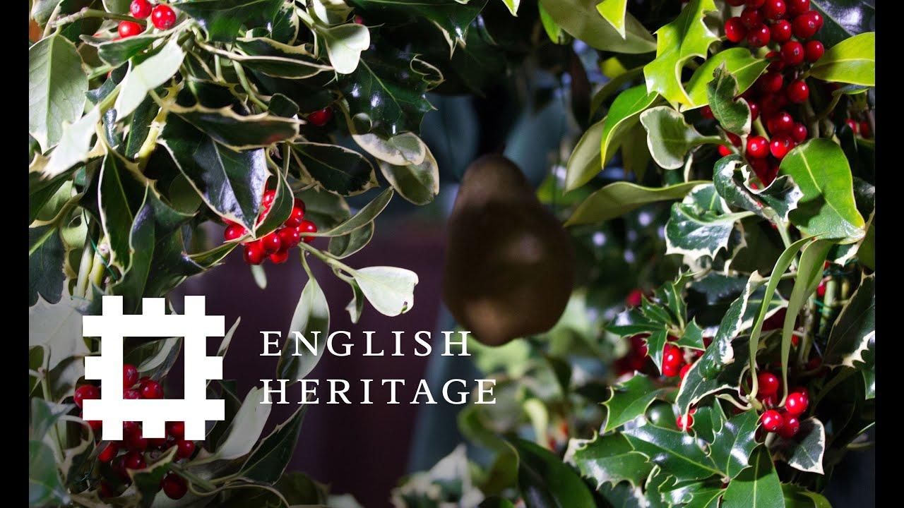 How to Make a Tudor Christmas Decoration - YouTube