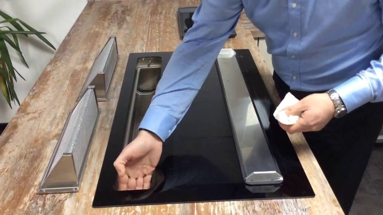 k chenhaus b ttcher oranier kfl 2094 die leichte reinigung des kochfeldabzugs youtube. Black Bedroom Furniture Sets. Home Design Ideas