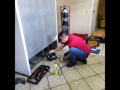 Reemplazando Compresor en cámara de refrigeración TorRey