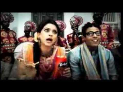 Kurkure Ad Tedha hai par Mera hai starring Juhi Chawla