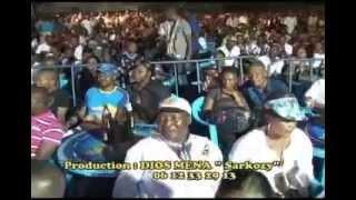 Zaiko Langa Langa en concert a Yolo