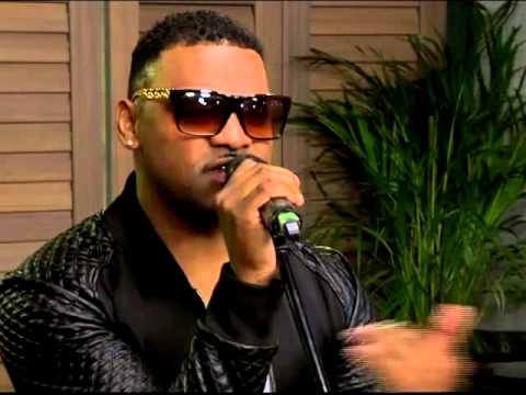 """VERD performs  """"Be My Queen"""" on the Expresso Show"""