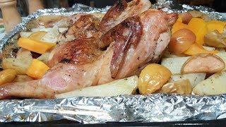 Курица запеченная с овощами и фруктами видео рецепт