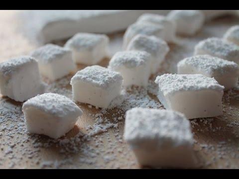 Homemade Marshmallows (Recipe)