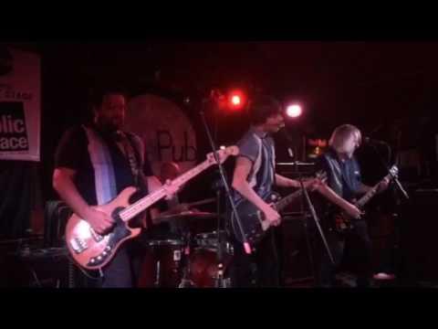 Charlemagnes live at Le Pub, Newport
