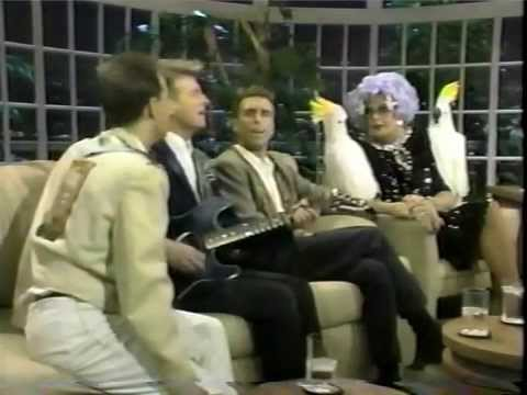 Crowded House and Dame Edna (!) on The Joan Rivers Show - 2nd Appearance, 1987