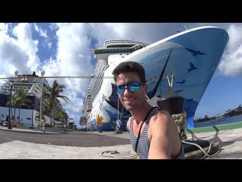 Celebrity Silhouette Cruise Day 2: Downtown Nassau
