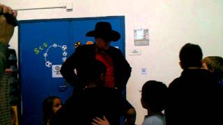 Tex Tunney offers his manager services to the children of the Boys and Girls Club of Simi Valley