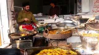 Fried Fish Lahori Style, Lahore Street Food (Tastes of Pakistan)
