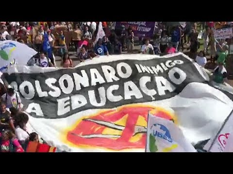 students-and-teachers-lead-national-strike-against-education-cuts-in-brazil