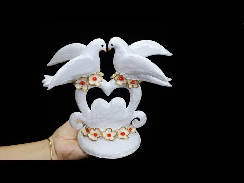 Birthday gift showpiece making at home (Best out of waste)//Gift item showpiece