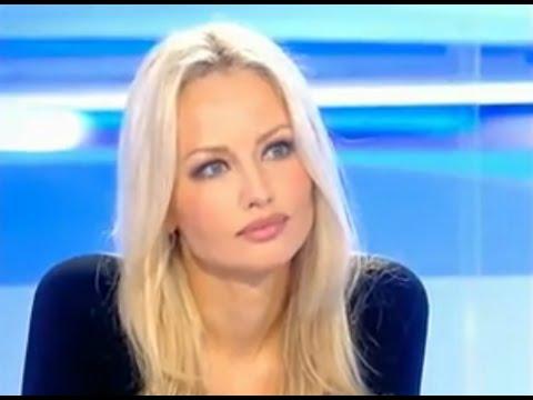 Adriana Sklenaříková Karembeu interview