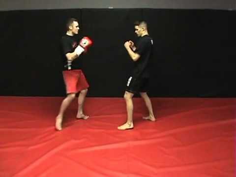 FITNESS ONLINE  KICKBOXING   môn võ thực dụng  đốt năng lượng   rèn luyện cơ bắp và sự linh hoạt