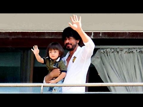 Shahrukh Khan & AbRam Khan 50th BIRTHDAY Celebrations At Mannat