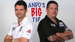Ando's big tip | Gąry Anderson has a look over James Anderson throw on stage at the Matchplay