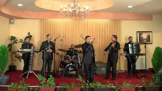 grupa OSKAR Bitola in live- Sevdalino maloj mome-makedonska narodna muzika vo zivo.flv