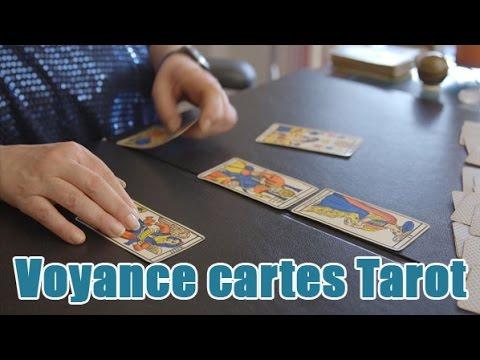 Voyance : cartes du TAROT