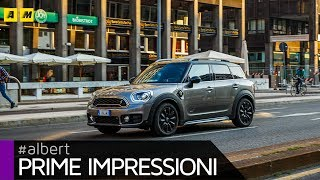 Mini Countryman S All 4 E, il SUV inglese attacca la spina