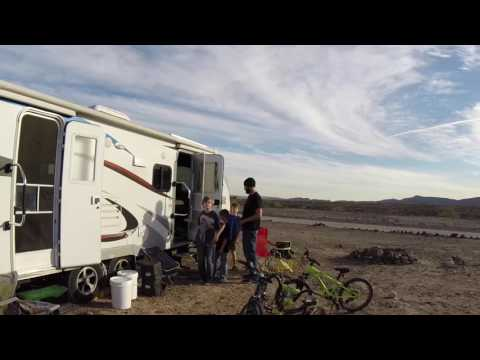 Lance RV Solar Power - 640 Watts on the Roof 600 Amp Hours Lithium Battery Plant