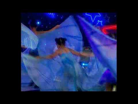 Be lam phi cong - Chi Hoa - Show Bo doi