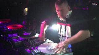 Deejay Daddy-K Live (Jb Club 67).mov