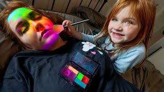 Mom Won't Wakeup!!  FAMiLY SLEEPS IN!  Morning Makeover from Adley! dad helps us get ready routine