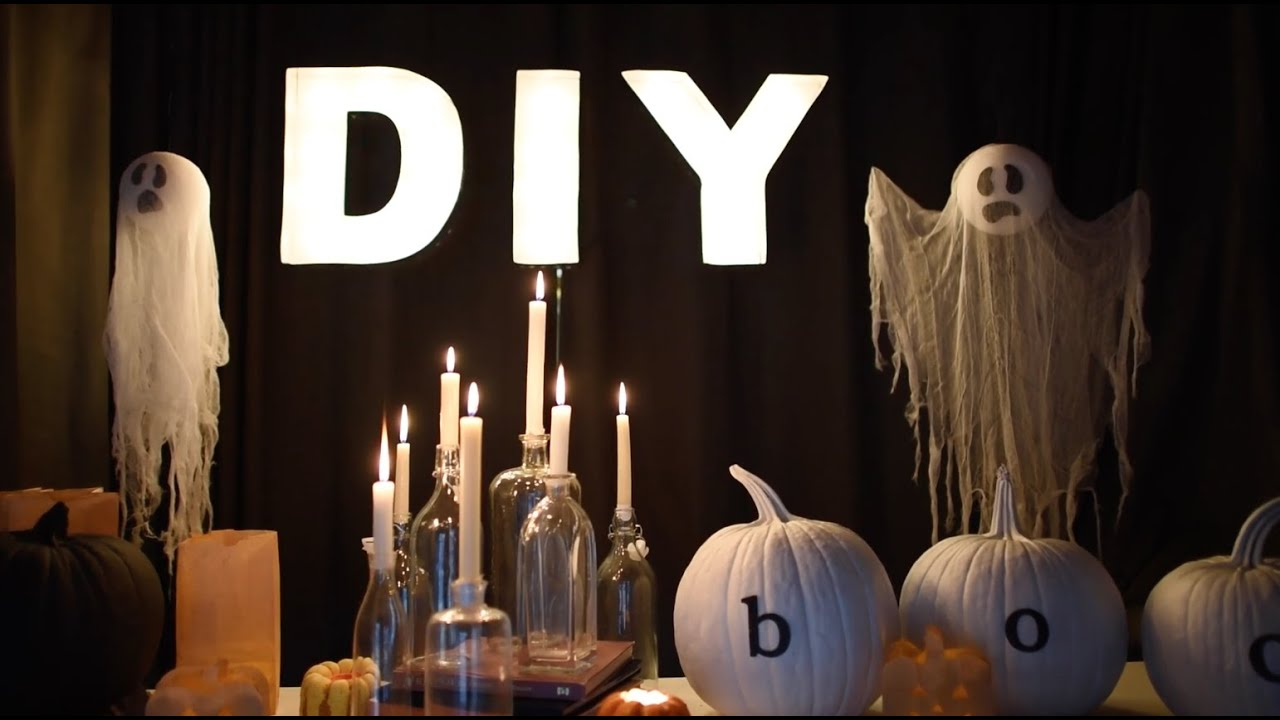5 creepy but classy halloween decorations on a budget youtube. Black Bedroom Furniture Sets. Home Design Ideas