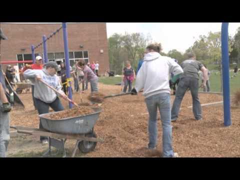 Kurtz Elementary School: Community Playground Build