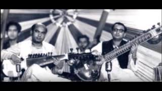Ustad Ali Akbar Khan & Pt Nikhil Banerjee  Jugalbandi Raag Bhatiyar