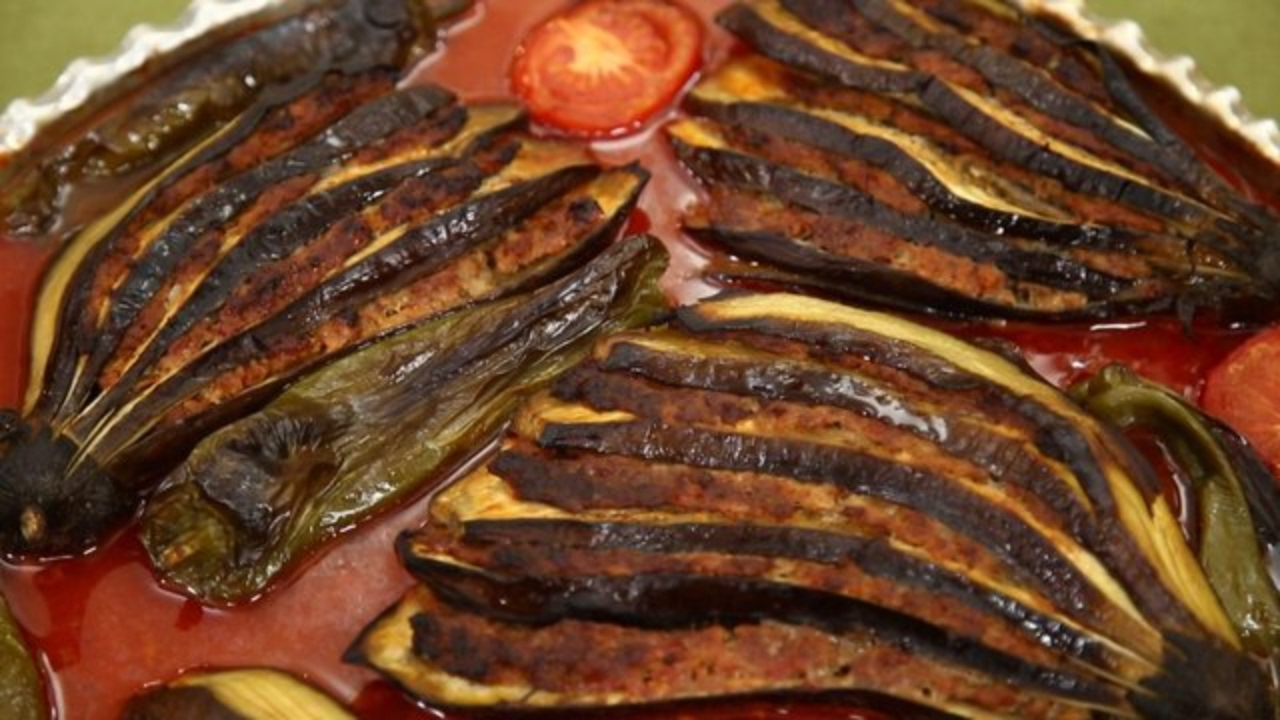 Elazığ Patlıcanlı Köftesi Videosu