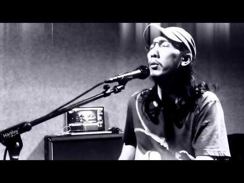 Iyan - Sore Tugu Pancoran (Iwan Fals cover)