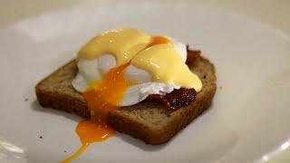 Рецепт яиц Бенедикт (яйца пашот)(Моя группа - https://vk.com/club16517666 Мой канал про гаджеты - https://www.youtube.com/user/muhanesidela Мой канал про всякое ..., 2014-01-18T23:43:23.000Z)